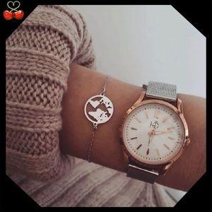 🍒 Dainty World Bracelet 🌎